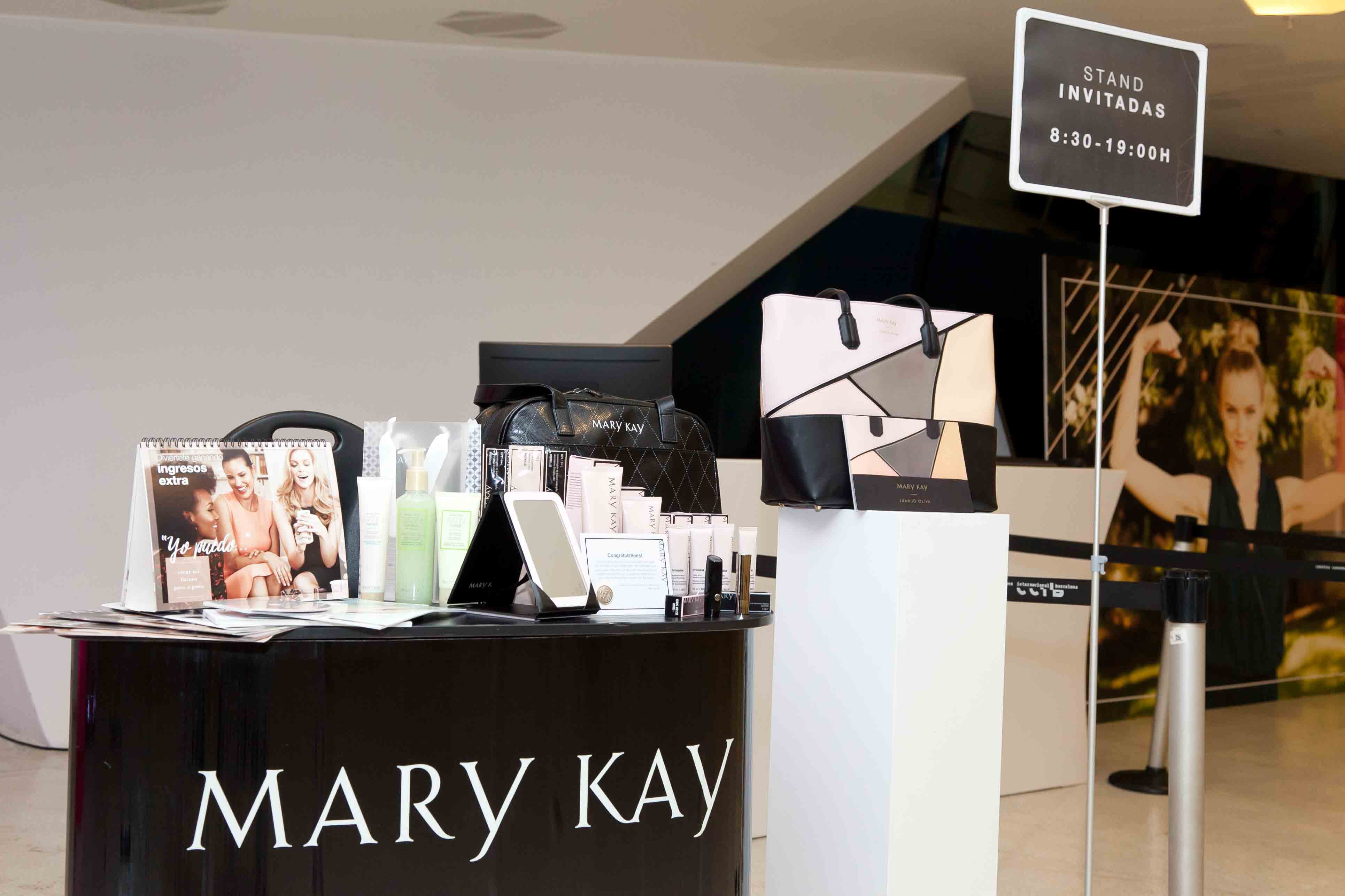 stand maquillaje mary kay